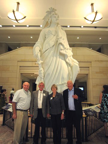 Wendy & Kevin & Peter Hoss at Capitol